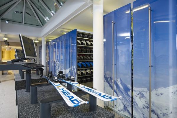 Sport 2000 Sportcenter Knitel